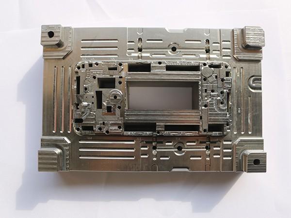 捷辉创带您了解塑胶模具的基本知识